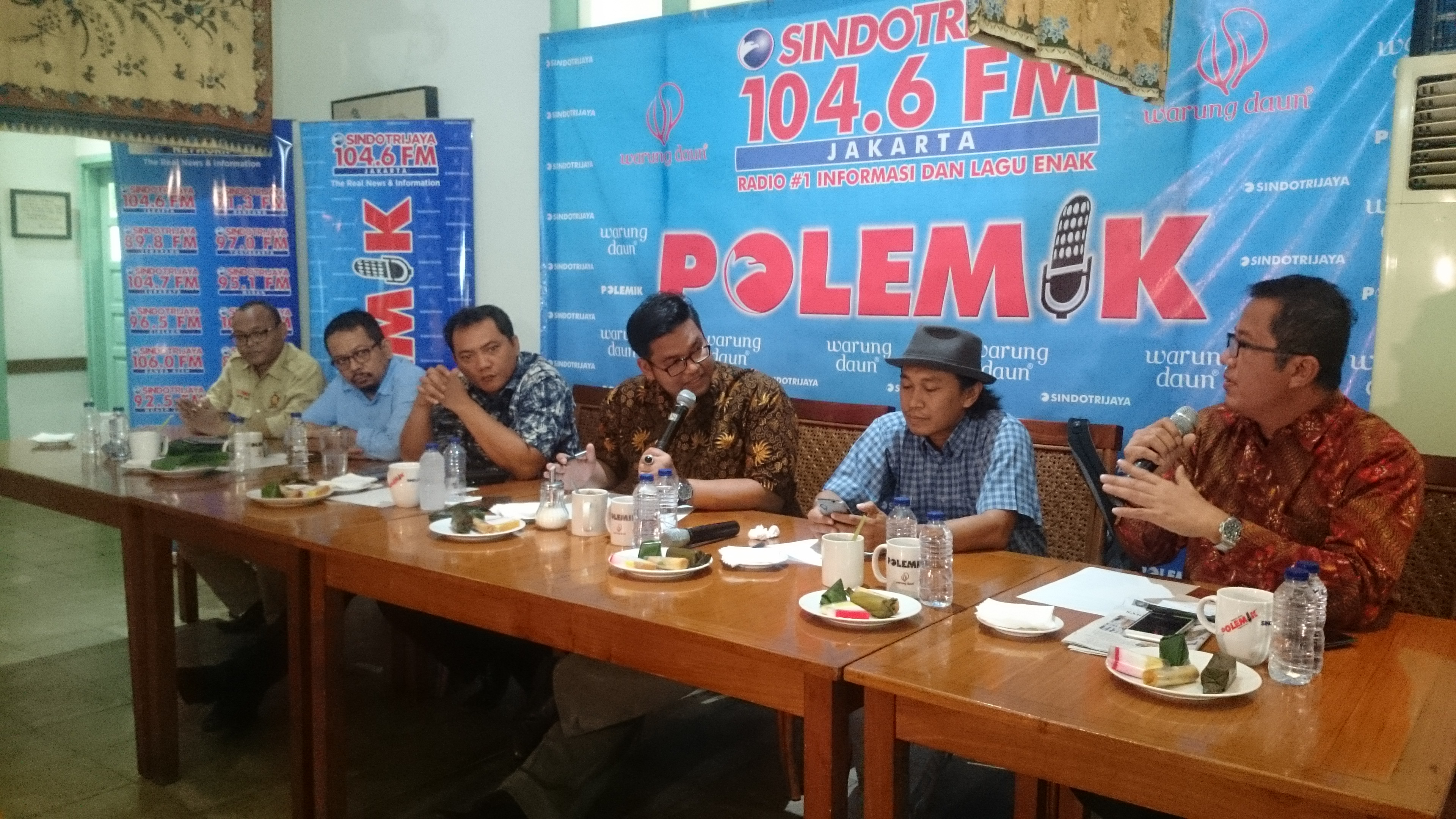PERANG BINTANG DI LANGIT JAKARTA